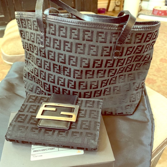 Authentic Fendi purse and wallet